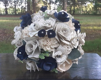 Book Page and Sola Wood Bridal Bouquet w/ Accent Color, Book Bouquet, Bookish Bride, Literary Themed Wedding, Paper Flower Wedding Bouquet
