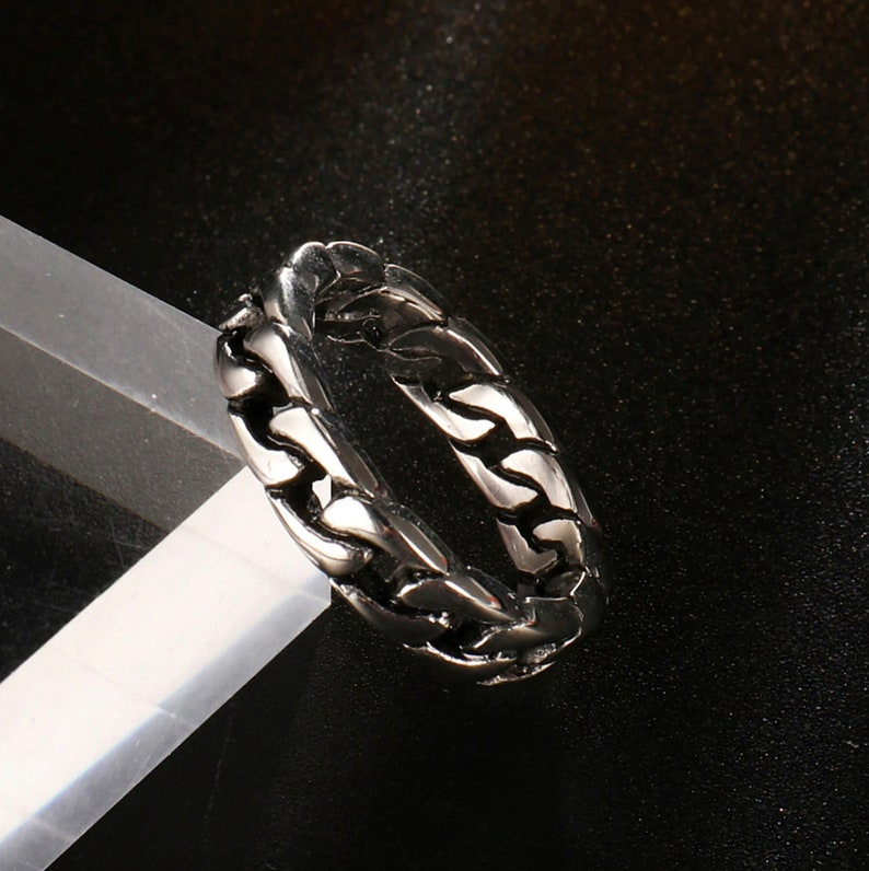Hip Hop Curb Link Cuban Chain Mens Statement Ring Thumb Pinky Ring Luxury Stainless Steel Cuban Link Ring