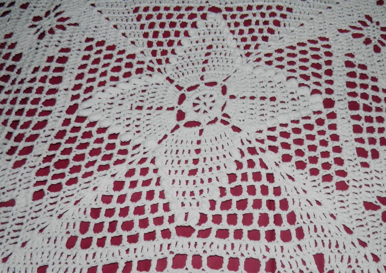 JETE DE LIT crochet fait main blanc pour lit  de 2 personnes   230 x250