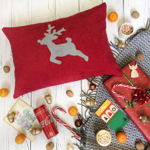 Cool Holiday Pillows With A Deer Christmas Pillow Cover Decorative Pillows For Couch Scandinavian Hygge Pillow Inzonedesignstudio Interior Chair Design Inzonedesignstudiocom