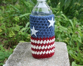 b41a318a72 stars and stripes, patriotic Water Bottle Cozy