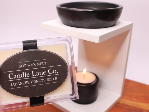 HIghly Scented by Living Aroma Candle ClamShell Wickless Candles