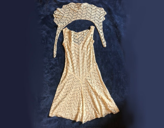 S | 1920s Lace Dress and Shawl