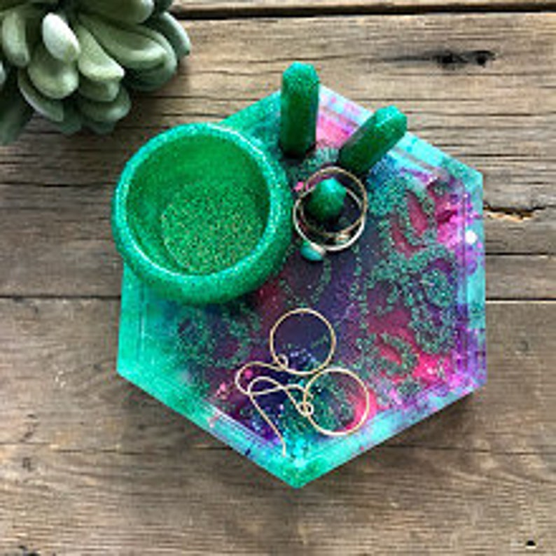 Green alcohol ink earring bowl