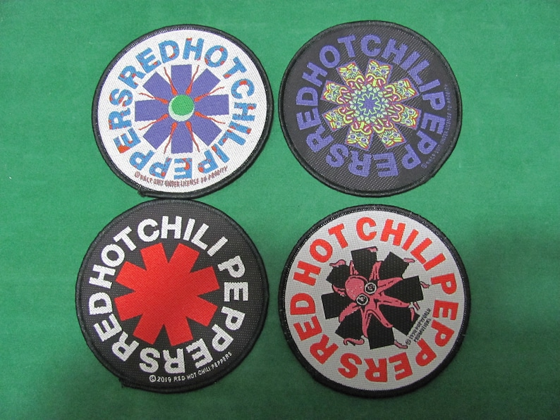 Vintage Set x 4  Patches in tessuto RED HOT CHILI Peppers