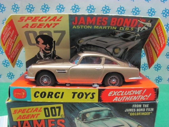 Estremely Rare Vintage Aston Martin D B 5 007 James Bond Missione Goldfinger 1 43 Corgi Toys Made In Gt Britain 1965 Mint Box