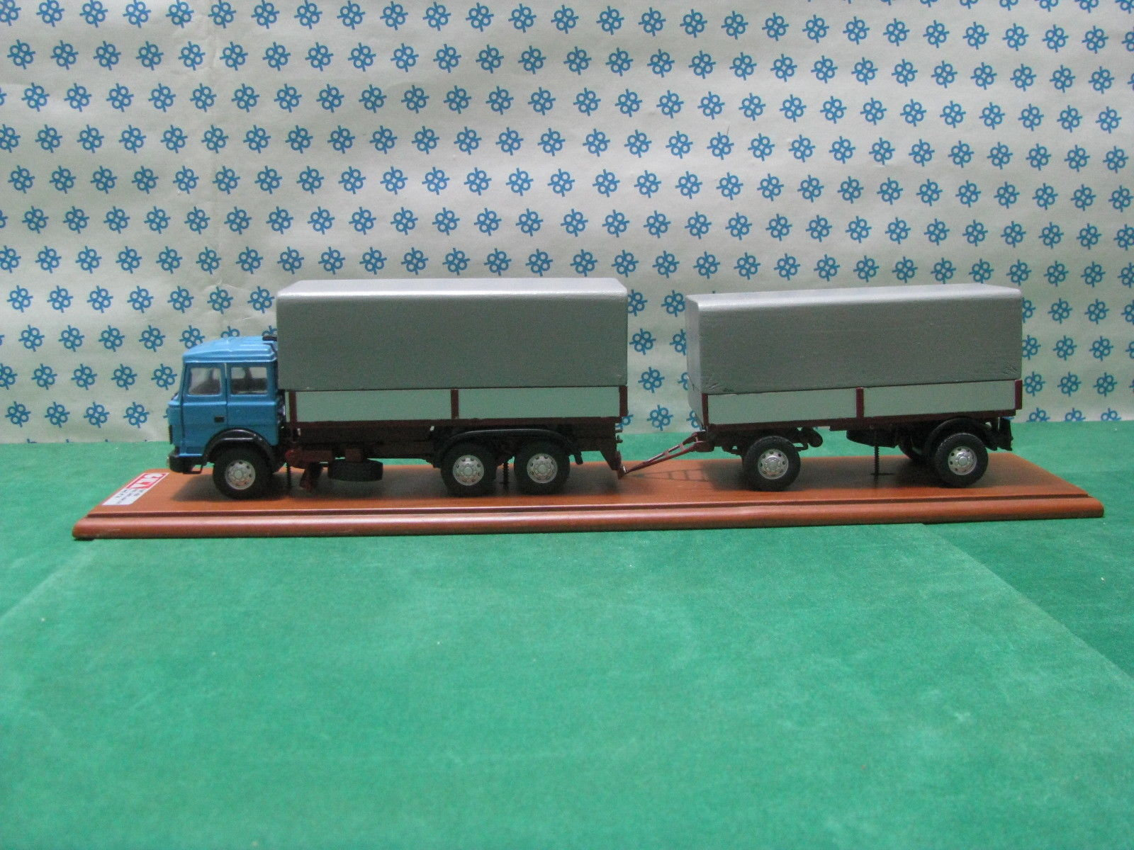 Vintage Truck - FIAT 190 telonate 3 axles with tea trailer - 1/43 Gila Models Trasf. 14 Hand Made Built Factory - Made in Italy 1989, used for sale
