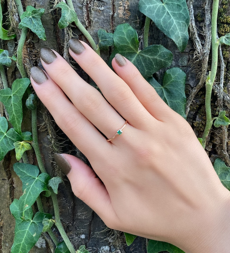 Dainty Ring Stackable  Ring Initial Gold Ring Minimal ring,Gold Emerald Ring,14K Solid gold Emerald Gemstone Princess Cut initial ring