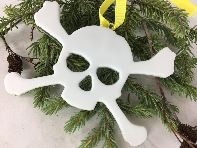 Personalized Skull and Crossbones Halloween Ornament Custom image 1
