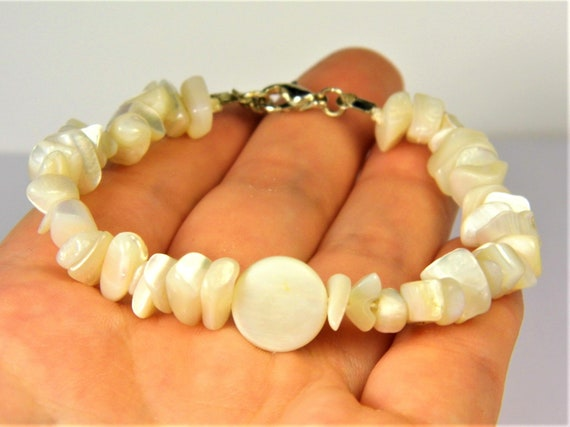 Natural genuine Nacre Pearls / Mother of Pearls beads bracelet unique authentic women's jewelry