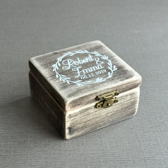 personalisierte Ringbox aus Holz