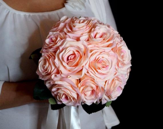 Blumenstrauß mit rosa Rosen