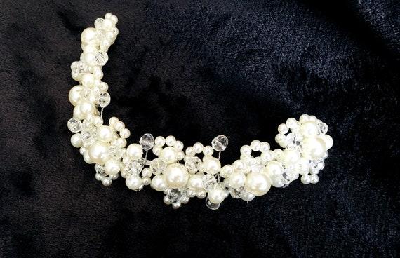 Haarschmuck mit Perlen