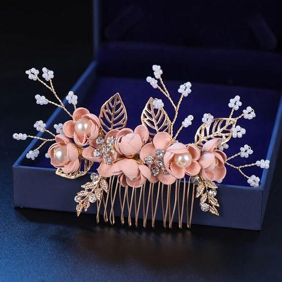 Haarschmuck mit Strass und Perlen im Blumendesign
