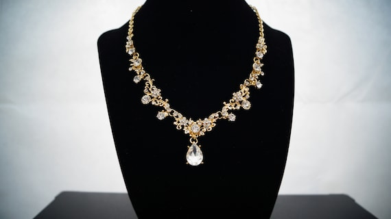 Halskette in gold