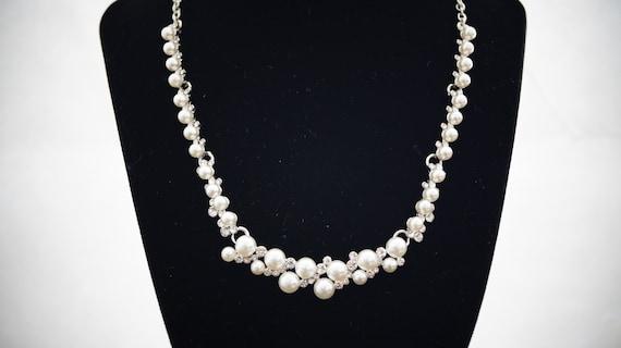 Perlenkette silber