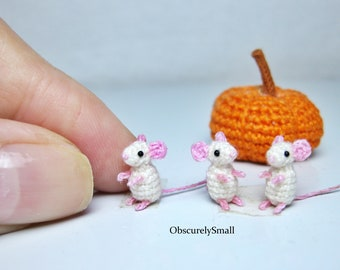 LucyRavenscar - Crochet Creatures: Little Kissing Mice - free ... | 270x340