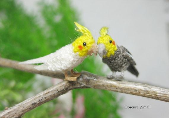 Lifelike Amigurumi Bird Sculptures Celebrate Beloved Winged Creatures | 400x570