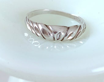 sweet and simple sterling silver ring
