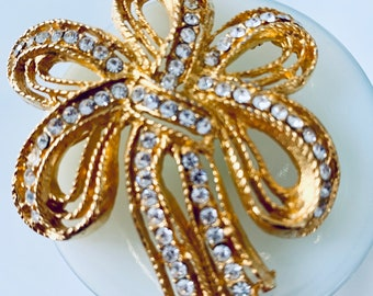 Vintage gold and crystal ribbon brooch
