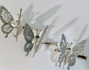 brooches, clips & pins