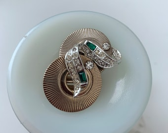 emerald green, crystal and gold-colored clip-on earrings