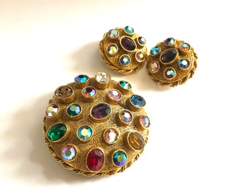 MODE ART Brooch Vintage 1950s Stylized Leaf Gold Plated Multicolor Rhinestone Signed Costume Jewelry Pin