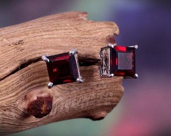 Natural Garnet Earrings-Stud Earrings-Dainty Minimalist Earrings-Statement Earrings-925 Sterling Silver January Birthstone-Gift for Her Girl