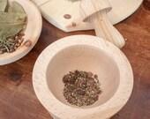 Mortarand pestle made of beech wood - Genuine handmade