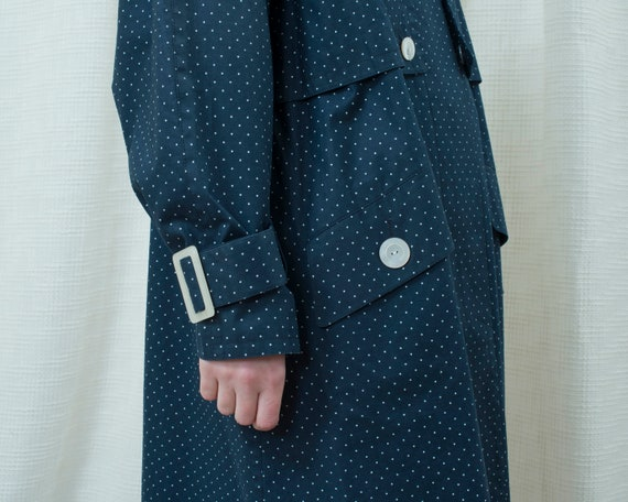 70s navy polka dot trench coat medium | dark blue… - image 4