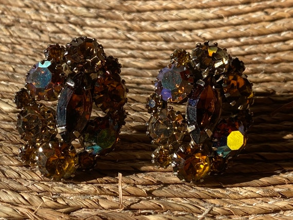 Vintage Kramer Signed Rhinestone Clip Earrings