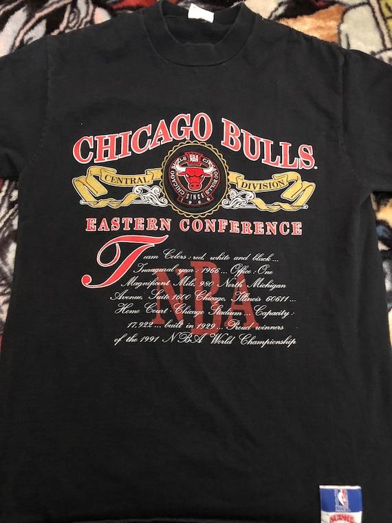 Vintage Nutmeg Chicago Bulls XL T-shirt