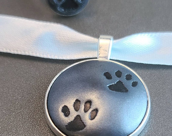 Cat Pawprint Pendant Necklace and Ring