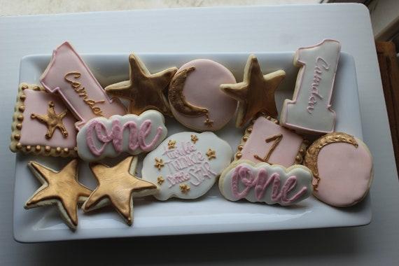 1 dozen Baby Shower Cookies Custom Cookies 1st birthday cookies Twinkle Twinkle little star sugar cookies