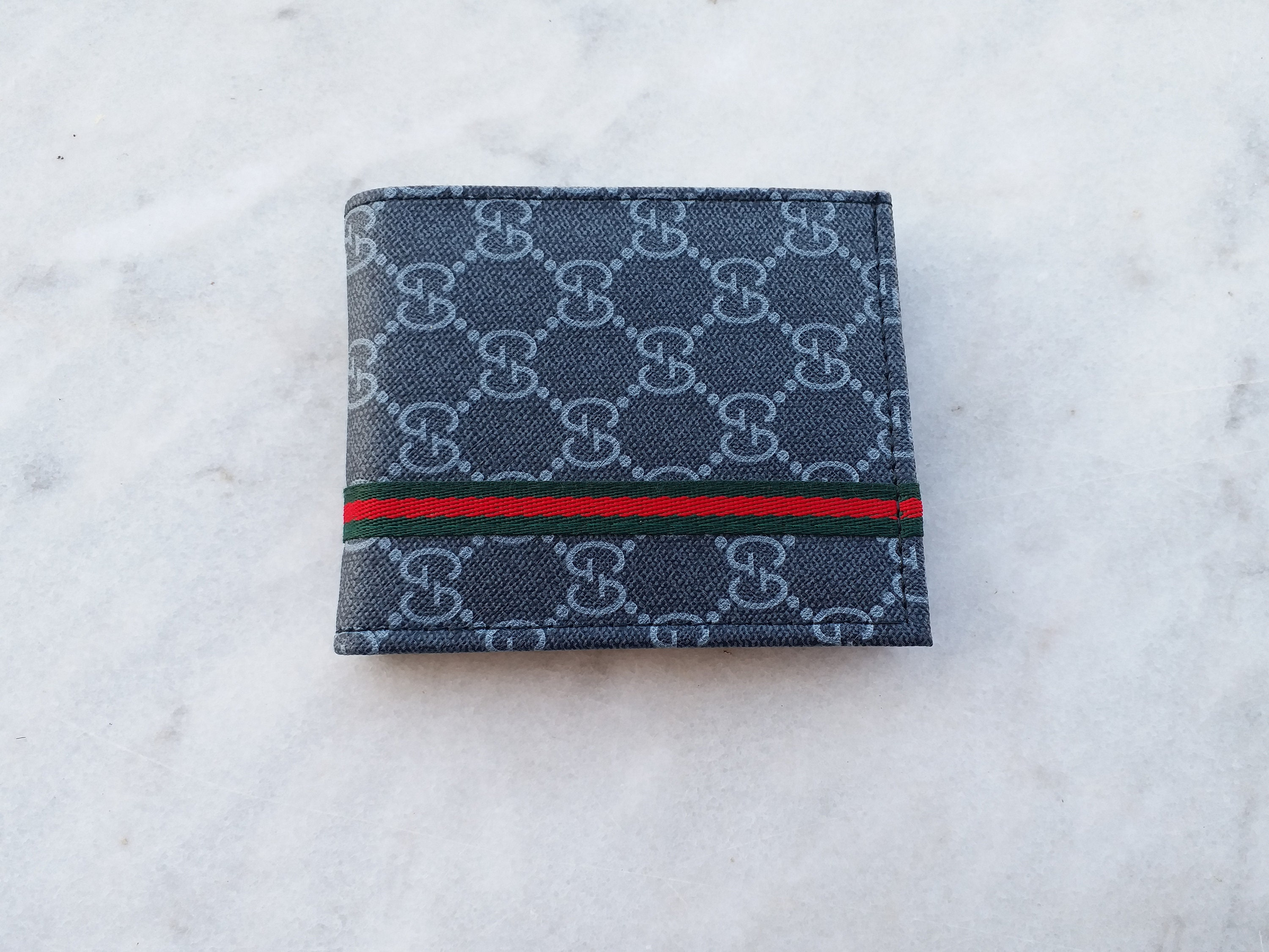 5a3d56bd2ec Gucci Wallet Men Designer Wallets Gucci Mens Wallet Gucci