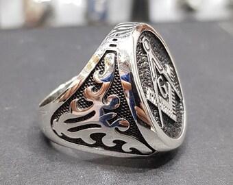 Illuminati ring | Etsy