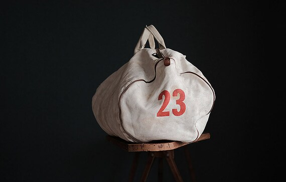 Vintage american MT HOOD COLLEGE white canvas bag - image 4