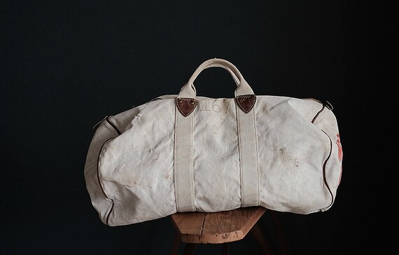 Vintage american MT HOOD COLLEGE white canvas bag - image 3