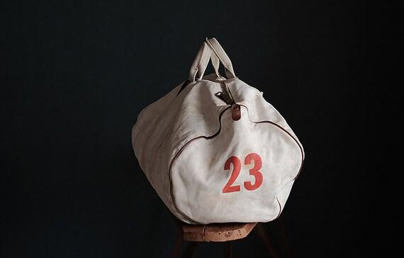 Vintage american MT HOOD COLLEGE white canvas bag - image 5