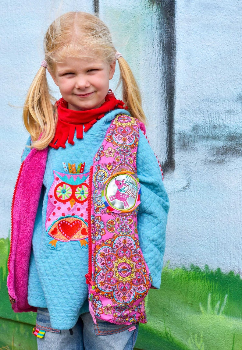 Paper cut pattern Children/'s vest FRIA for sewing beginners