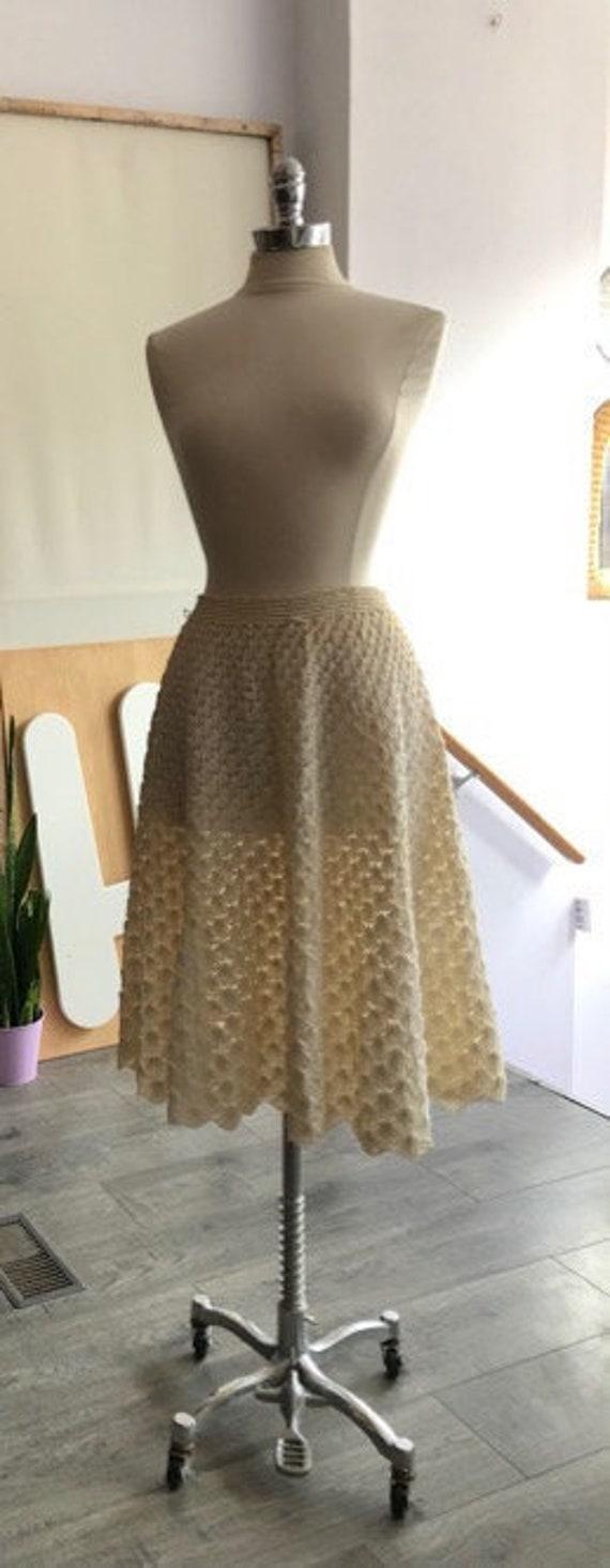 Vtg.50s white Raffia circle Skirt - Med- Crochet