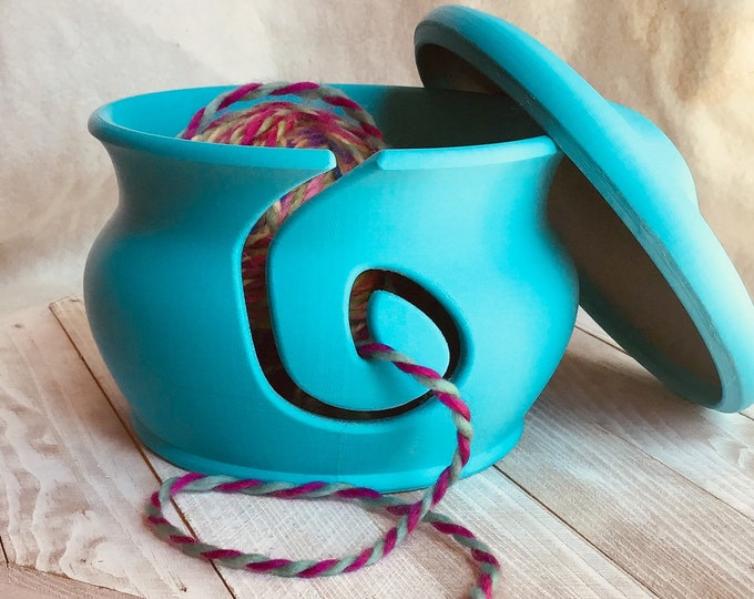 Featured listing image: Turquoise Yarn Bowl with Lid