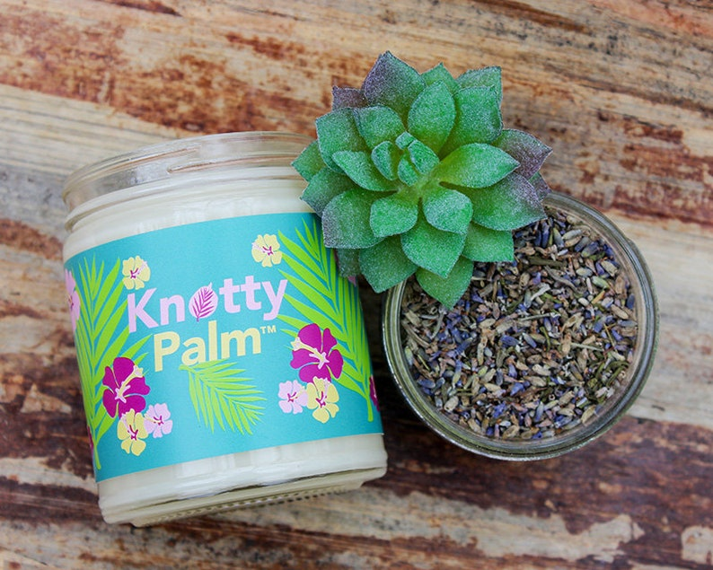 Knotty Palm™ - Lavender Honey Palm Candle - Knotty Or Spice® Soothing Candle
