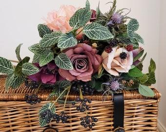 Artificial flower arrangement 'Pomona' - pink purple mauve rose flower bouquet