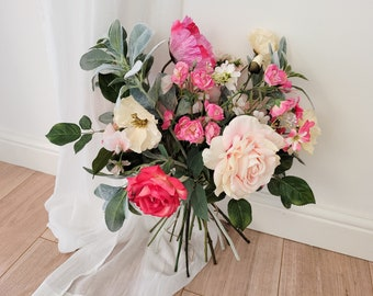 Artificial flower arrangement 'Raspberry Ripple' - pink and white rose and poppy flower bouquet