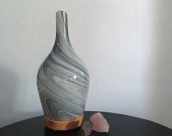 Abstract Grey Glass Atomiser - Mains Powered Aroma Diffuser