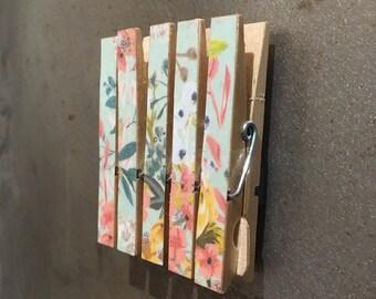 Blue Floral Print Magnetic Memo Pegs
