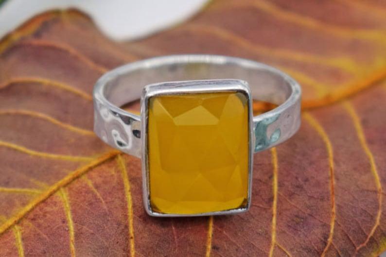 Yellow Chalcedony Silver Ring,Handmade Ring,92.5 Sterling Silver,Chalcedony Gemstone Ring,Everyday Ring,Yellow Stone Ring,Dainty Ring.
