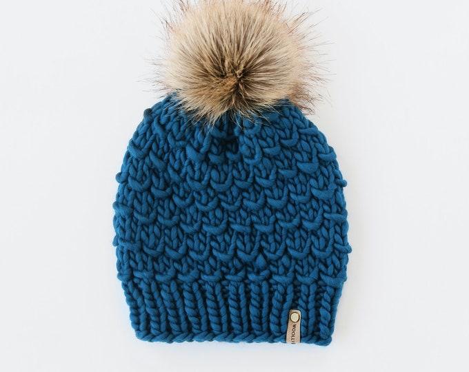 Teal Merino Wool Knit Hat with Faux Fur Pom Pom, Women's Luxury Chunky Knit Pom Pom Beanie, Hand Knit Merino Wool Hat