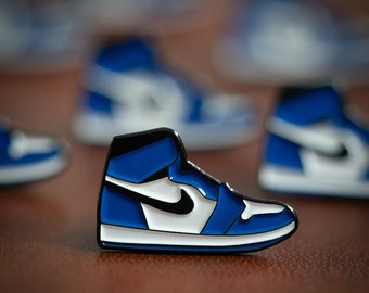 d5bbec6315a7d1 Nike Air Jordan 1 Game Royal Enamel Pin